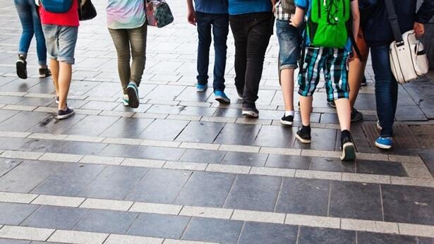 Co to jest depresja? Na podstawie dostępnych źródeł możemy zauważyć, że ci, u których pojawia się depresja, zazwyczaj są ludźmi młodymi i że są to przede wszystkim pracownicy biurowi bądź też uczniowie gimnazjum i liceum.